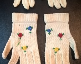 Lot of 2 Pairs of Vintage Children's Gloves  **FREE SHIPPING**