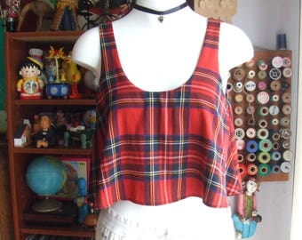 Vintage Tartan Print Crop Top. Flouncy Top With Fitted Lining.Classic Rocker Tartan. Mainly Red and Black Plaid Pattern. Size M. Polyester.