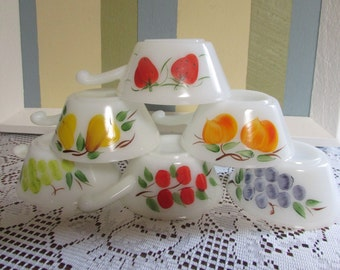 Anchor Hocking Fireking Gay Fad bowls VTG Chile Bowl Fireking Gay Fad VINTAGE 6 Soup Bowls dish Pyrex with 6 different models of Fruit