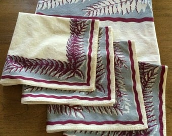 Vintage Tablecloth and Napkins With Fern Motif