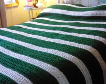 Queen crocheted blanket
