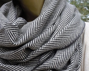 EXPRESS SHIPPING/Herringbone Scarf, Mens Scarf, Grey Herringbone Infinity scarf ,winter scarf, cowl scarf, women  men scarves, Accessory