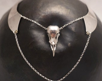 Statement bird skull collar necklace with black diamonds in 18ct gold