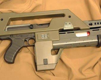ALIENS - Colonial Marine Pulse Rifle.