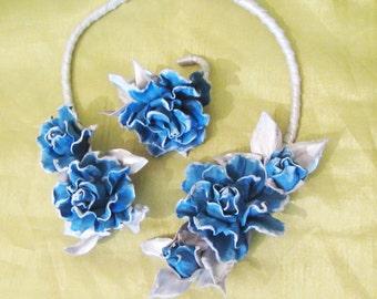 Blue Rose Necklace bracelet set leather, Snow Blue Roses Necklace leather, Blue Roses necklace and bracelet set leather, Jewelry set leather
