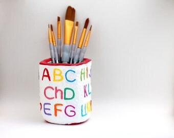 ABC Pencil Holder, Spanish alphabet 30 letters, paper-mache, a gift for teacher, a gift for preschooler, toddler learning, educational art