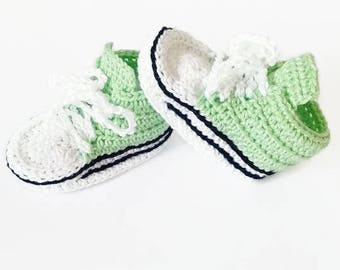 Baby booties, Crochet baby booties, Baby shoes, Baby gift, Baby shower, Gift ideas, Newborn booties, Newborn shoes, Crib shoes, Crib booties
