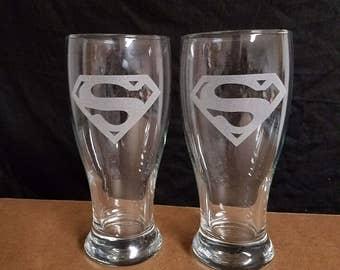Set of 2  etched beer pilsner drinking glasses, SUPERMAN LOGOS