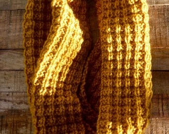 Wool Circle Scarf - Thermal Texture in Yellow