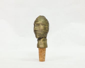 Portrait Abstract Sculpture wine stopper bottle stopper natural cork 12cm bronze Powder gift aged and waxed (no paint)