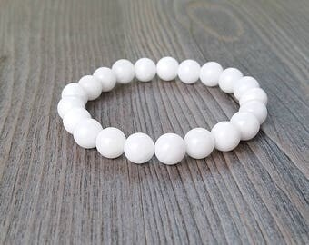 Protective bracelet made of white jade stones 8mm