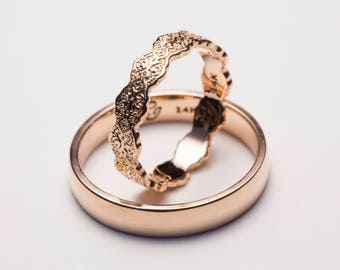 Rose Gold His and Hers Wedding Bands, Rose Gold Ring Set, Comfort Fit, Lace Ring, Set of Wedding Rings, Set of Wedding Bands, His and Hers