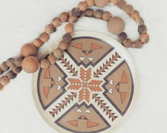 RARE Tribal / Aztec Pattern Melmac Dinner Plates, Set of 5