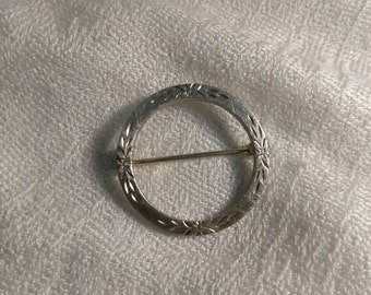 Round Silvertone Scarf Pin Brooch Vintage With Floral Design