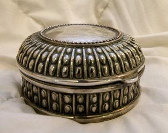 Sheridan Silver Plated Lined Jewelry Box