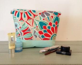 Large Makeup Case, Makeup Case, Large Makeup Bag,  Makeup Bag, Large Makeup Travel Case, Makeup Organizer, Makeup Storage, Cosmetic Case
