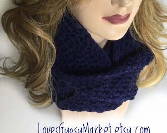 CHUNKY Circle Scarf Infinity Scarf, Women's Or Mens Scarf, Chunky Scarf, Handmade Knitted Scarf, Winter Scarf