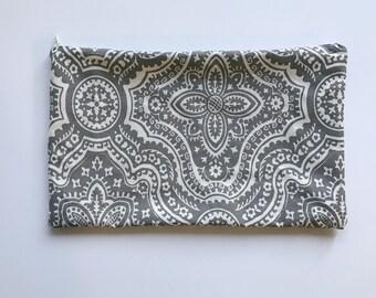Gray Pouch, Pencil Pouch, Knitting Pouch, Zipper Pouch, technology organizer, pouch, pencil case