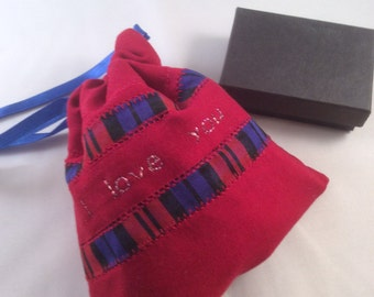 Gift bag, gift pouch, fabric gift pouch, fabric gift bag,decorated gift bag, birthday gift bag, small gift bag,