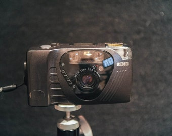 Ricoh AF FF9 35mm point and shoot compact camera with 1:3.5 lens with carry case - 1990 #103