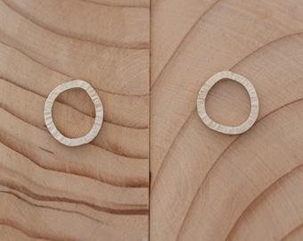 Sterling silver hammered circle stud earrings - handmade