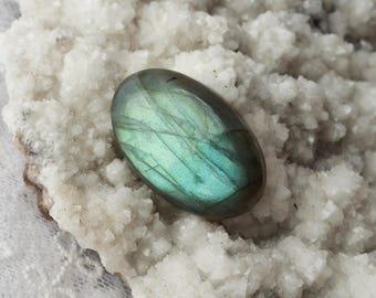 Labradorite Stone (35mm x 21mm X 5mm) 50ct- Oval Gemstone Cabochon, Mint Gree Tone Luminescent Quality Labradorite Stone, Jewelry  Supply