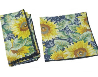 Vintage Sunflower Cloth Napkins, Table Napkins, Set of 9, Table Linens 17 by 17