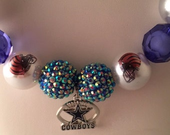 Dallas Cowboys Chunky bubblegum Beaded Necklace with Cowboys Pendant