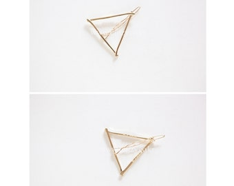 Gold Triangle Hair Clip - Triangle Hairpin - Triangle Harrette - Minimalist Hair Accessories
