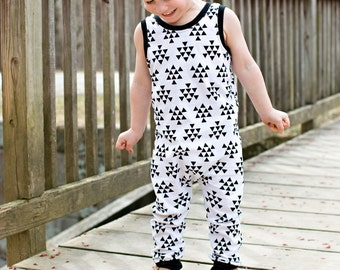 Romper, One Piece Romper, Triangle Arrows Romper, Baby Outfit, Toddler Romper, Going Home Outfit, Black and White, Arrows Romper