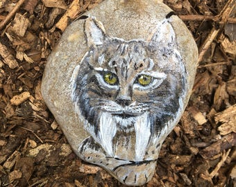 Lynx, Animal Totem, Pebble Art, Home Decor, Alternative, Unique gift, Paperweights, Big Cats, Gift for him, Gift for her, Christmas Gift