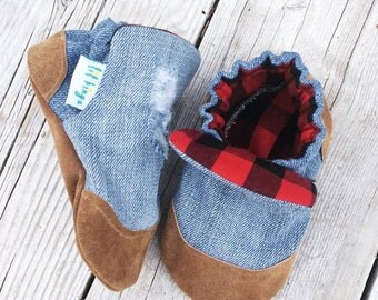 Distressed Denim Baby Shoes, Soft sole Baby Shoes, Baby Booties, Handmade, Non Slip, Genuine Suede, Baby Slippers, Baby Moccasins Lumberjack