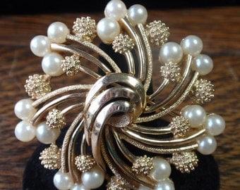 Crown Trafari Swirled Flower Brooch