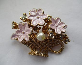 Vintage 1950s, Gold Tone, Marshmallow Pink enamelled, FLOWER BASKET BROOCH with faux Pearl, Costume Brooch, Costume Pin, Costume Jewellery