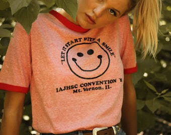 Vintage 1982 Smiley Face Red T-Shirt