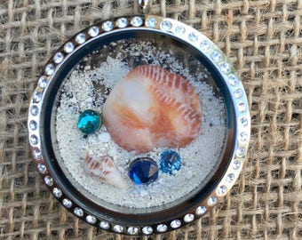 Memory Locket/Turks and Caicos/Grace Bay/Sand/Micro Shells/Mini Shells/Swarovski Crystals/Honeymoon Memento/Travel Memento