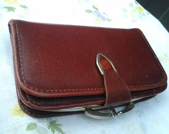 Vintage Reddish Brown Leather Ladies wallet