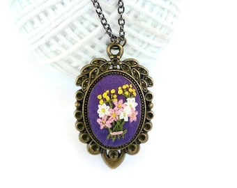 Victorian jewelry gift for mother day gift Flower bouquet necklace Hand Embroidery jewelry gift for mother-in-law Embroidered pendant