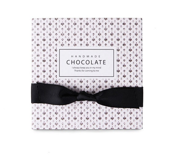 Sets chocolate boxes holds pcs white
