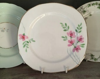 Pretty Vintage hand painted bone china plate.