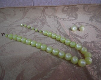 Vintage Green Beaded Necklace and Earrings Set