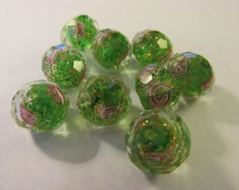 Faceted Apple Green Lampwork Glass Beads with Glitter and Pink Roses, 12mm, Set of 5