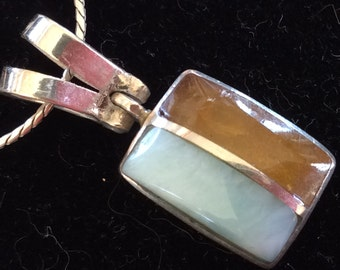 """Vintage 925 Italy sterling silver pendant cabochon with 17"""" long chain and 2 tones stones"""
