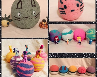 Bath bomb custom 6 pack with suprise toys inside! (No stains on skin or tub!)