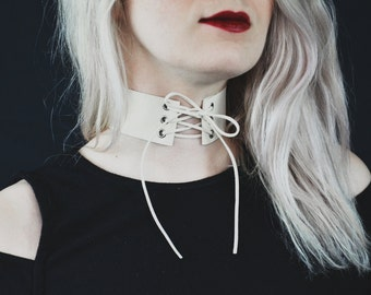 Vampire Ball Choker Necklace