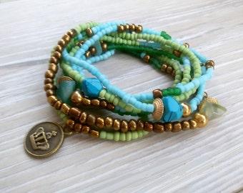 Boho wrap bracelet Elastic bead Stacking Bohemian bracelet Hippie turns Stack bracelet Multi strand beadwork Country blue green jewelry