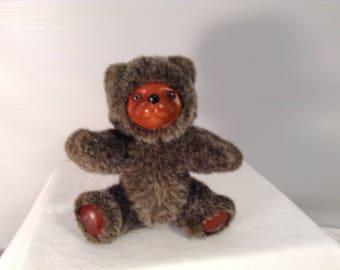 """Russ Berrie Robert Raikes Plush Bear Wooden Face 1985 VGC 8.5"""" tall"""