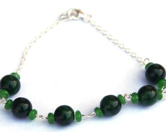 Emerald bracelet - Gemstone beads - Sterling silver - May birthstone