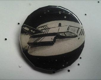 vintage spaceship pin//1 inch pins//vintage scifi