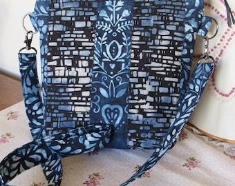 Cute Blue Batik Patchwork Handbag  -  Sac à main bleu batik patchwork